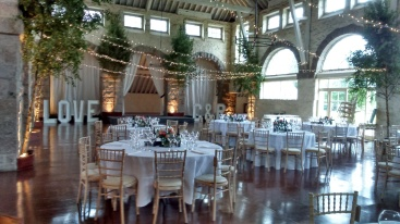 Coo Cathedral Wedding setup